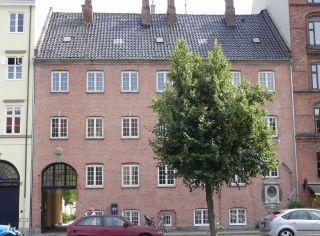 Overgaden Oven Vandet 48e - lille - tv
