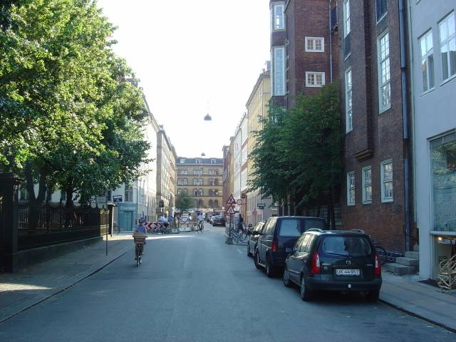 rosenborggade-set-fra-gothersgade-foto-fra-juli-2006