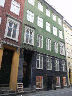 Rosengården 8 - lille - tv