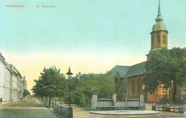sankt-annae-plads-postkort-set-mod-havnen-ca-1910