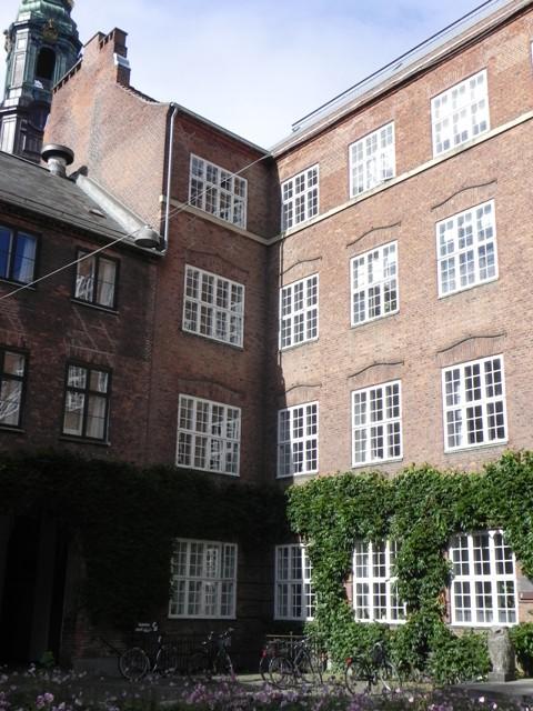 Sankt Peders Stræde 5-13-15-Studiestræde 6 - 6 - med Studiegården