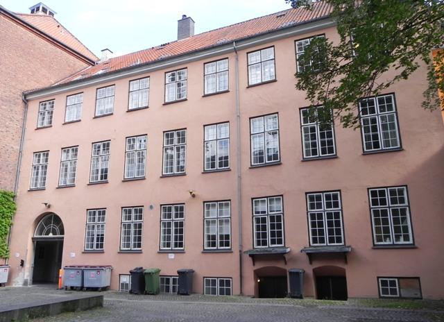 sankt-peders-straede-5-13-15-studiestraede-6-9-med-studiegaarden