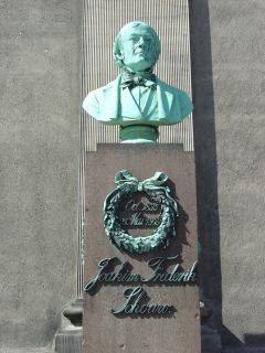 Schouw, J. F. - buste på Frue Plads