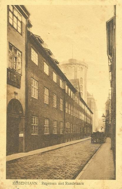 store-kannikestraede-postkort-med-regensen-og-rundetaarn-afsendt-i-1921