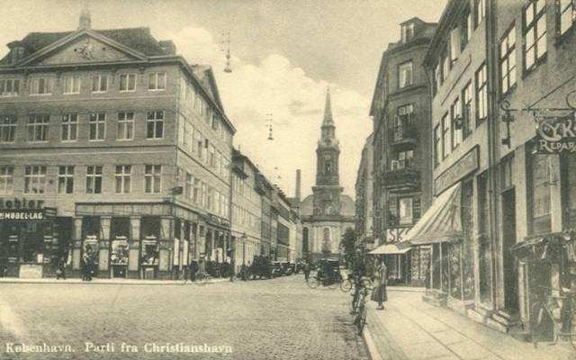 strandgade-christianskirken-postkort-nr-1176-fra-ca-1935