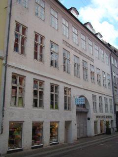 Henrich Kaiser - Læderstræde 5 - lille - tv